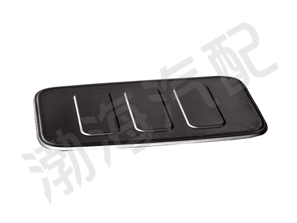 Heavy truck cover seal plate